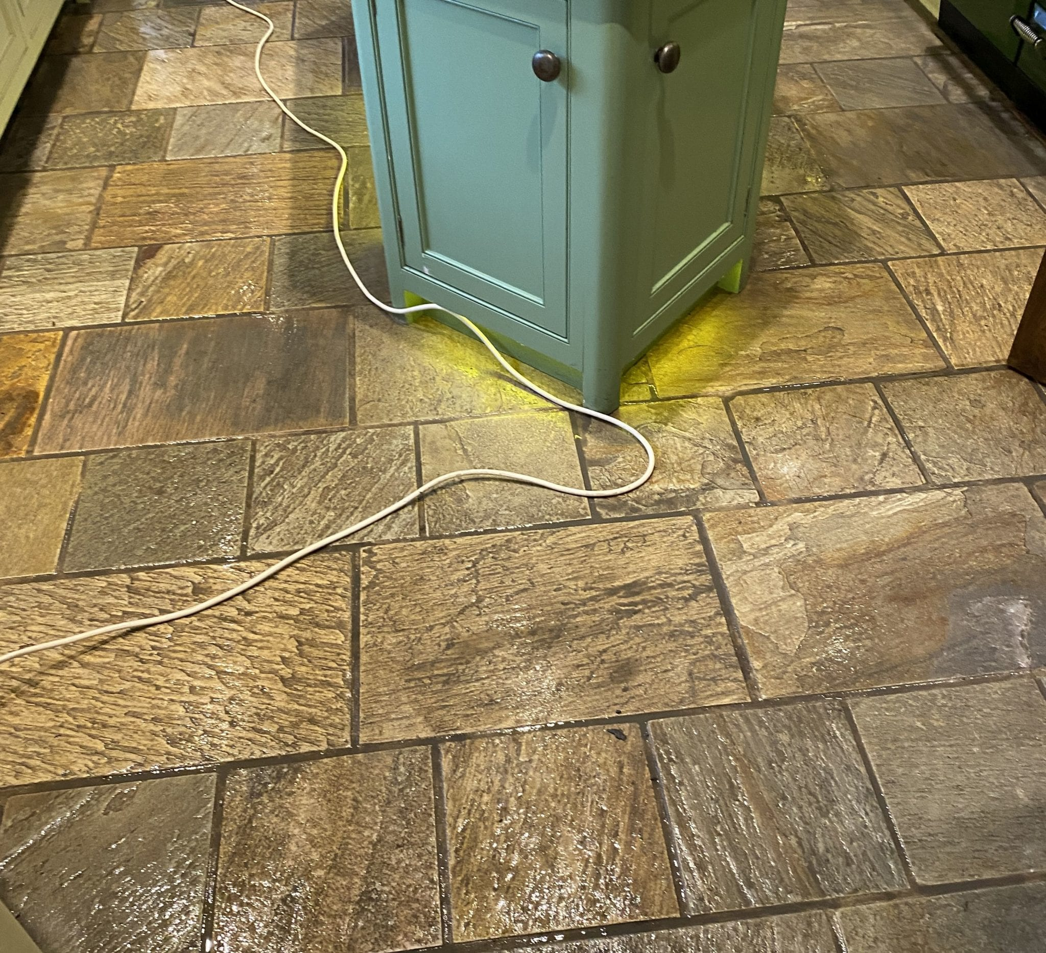 3a Tile Doctor cleaning company can't beat us when it comes to cleaning stone tiles