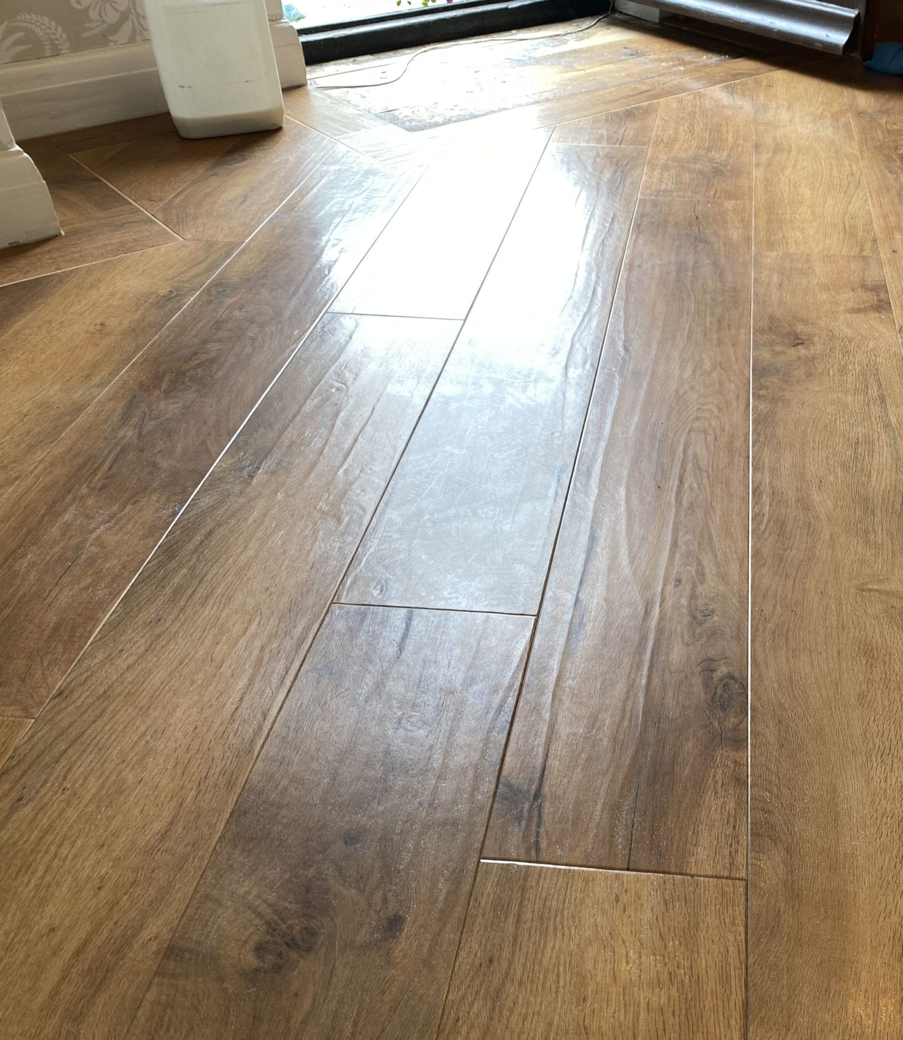 Amtico floor cleaning and sealing