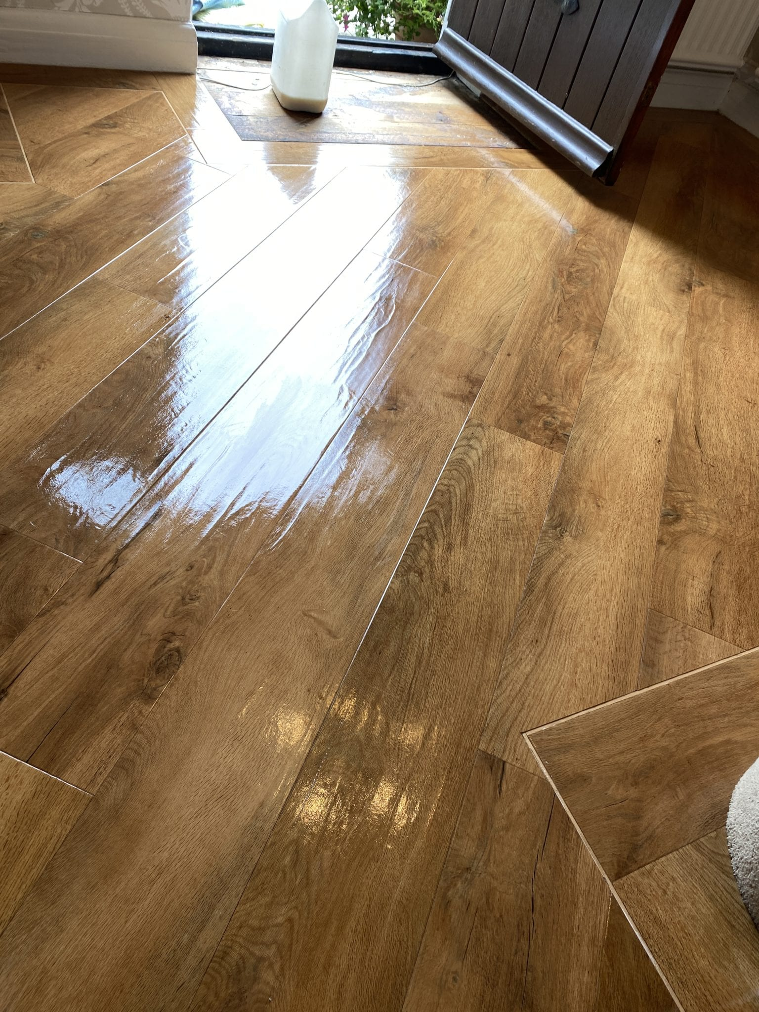 Amtico floor cleaning and sealing b