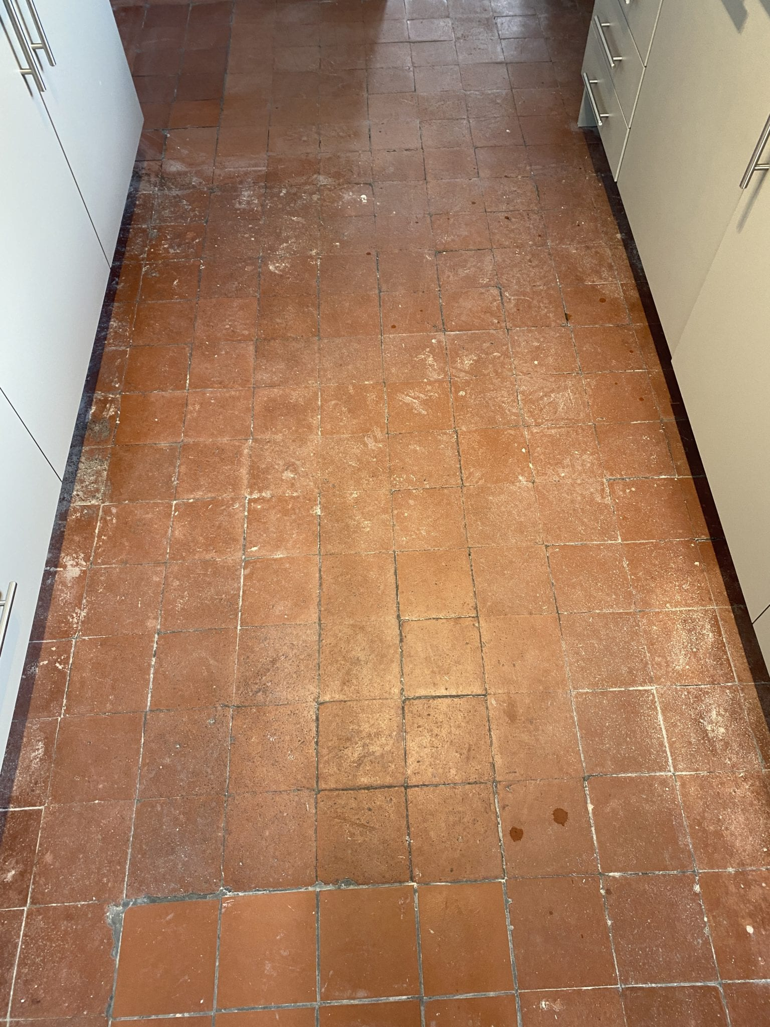 Remove white paint from quarry tiles