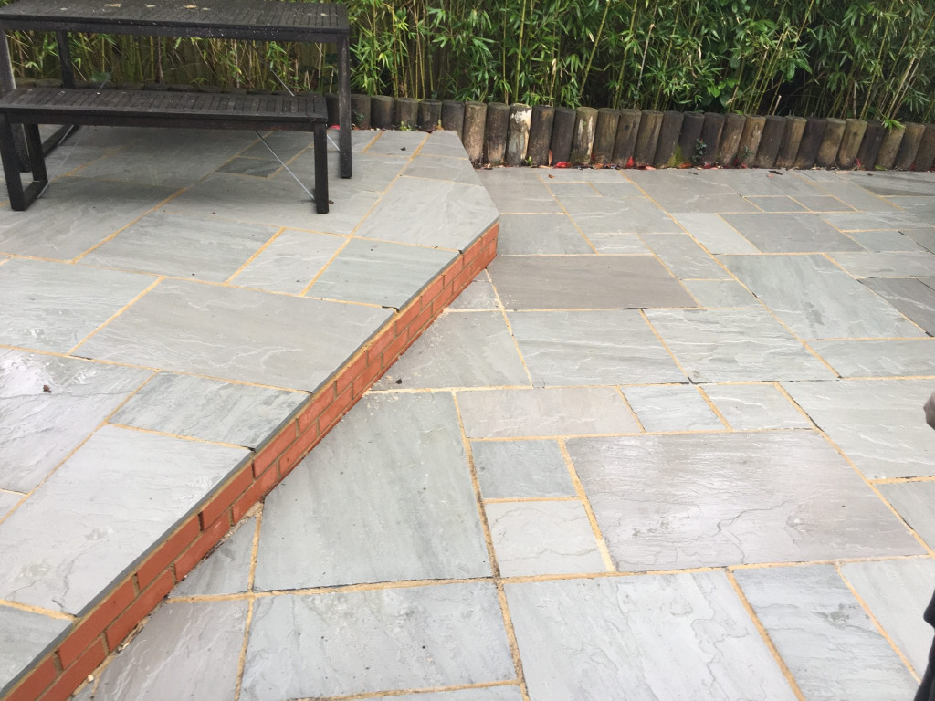 Cleaning sandstone tiles outdoors